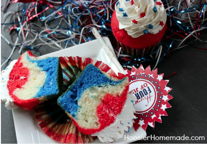 RED, WHITE & BLUE CUPCAKES